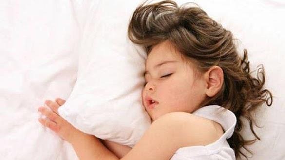 3 Makanan Berikut Ini Ampuh Mengatasi Anak Susah Tidur