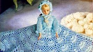 Muñeca Barbie vestida al crochet