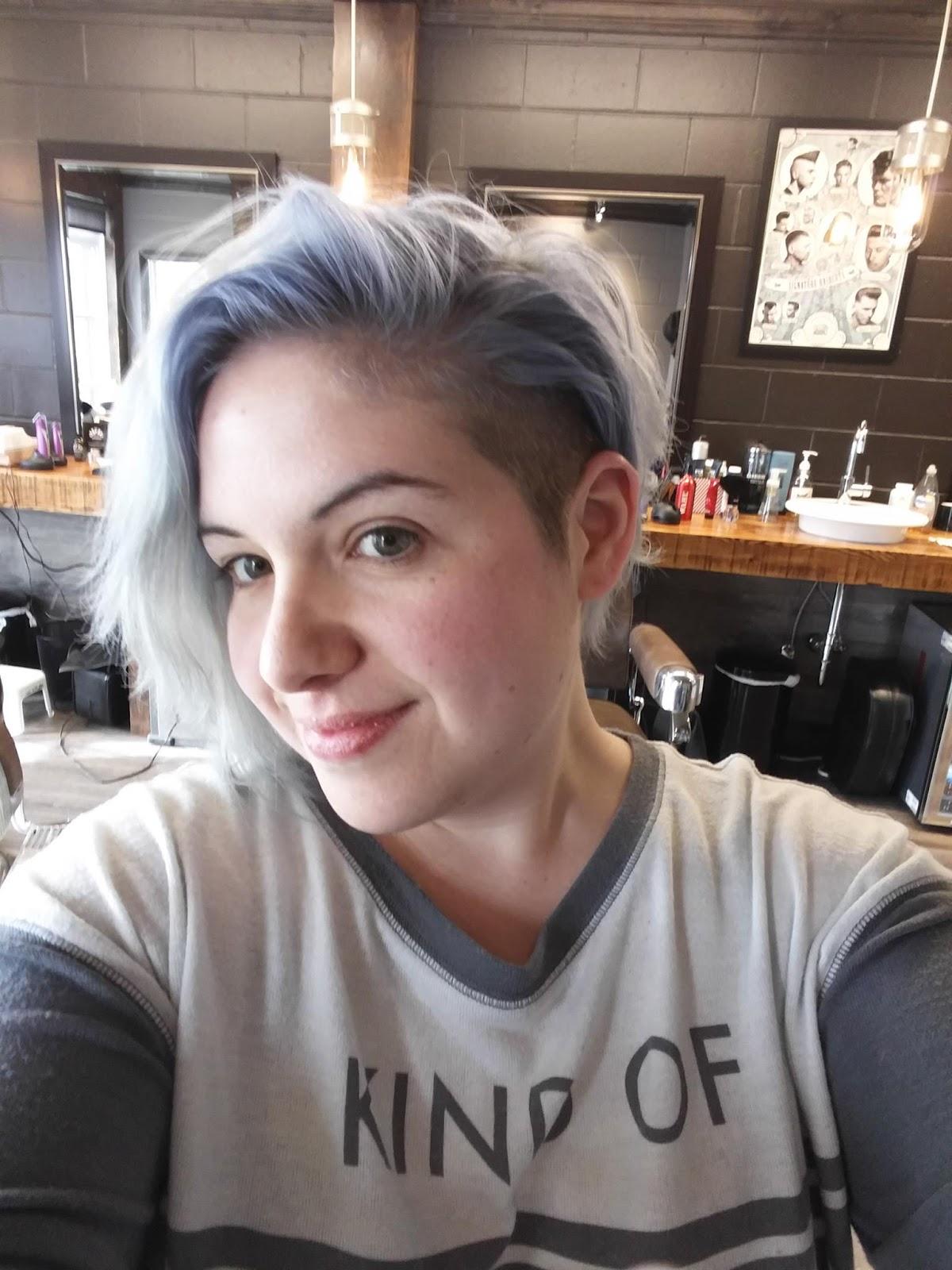 Soins naturels des cheveux gris