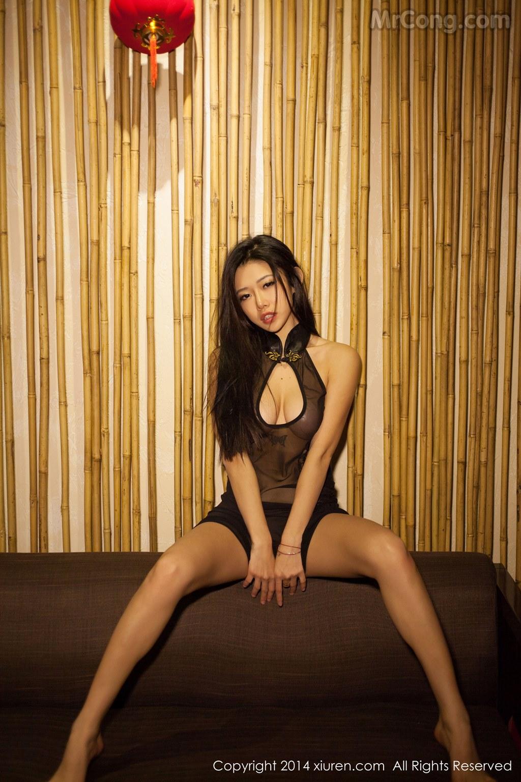 Image MrCong.com-XIUREN-No.147-Luvian-Ben-Neng-058 in post XIUREN No.147: Người mẫu Luvian (本能) (62 ảnh)