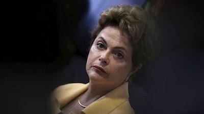 PT já não descarta possibilidade de renúncia de Dilma