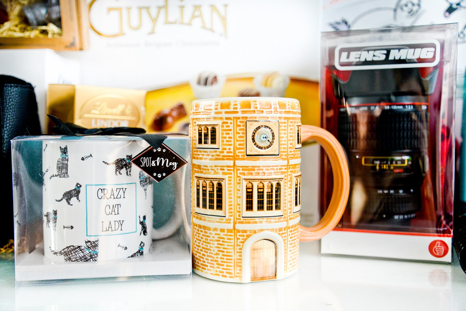 hampton court mug, crazy cat lady mug, lens mug
