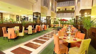 Golden Flower Hotel (Hunian Untuk Orang Moderen Seperti Anda)