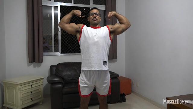 MuscleDom - Julius