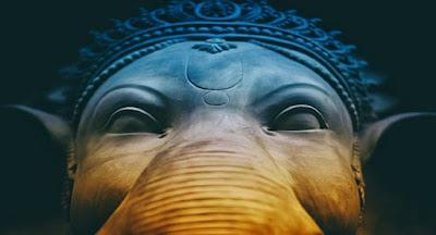 सपने में सिंदूर देवता पर चढ़ाना sapne me sindoor devta par chadhana