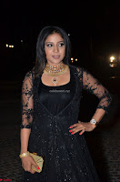 Sakshi Agarwal looks stunning in all black gown at 64th Jio Filmfare Awards South ~  Exclusive 110.JPG