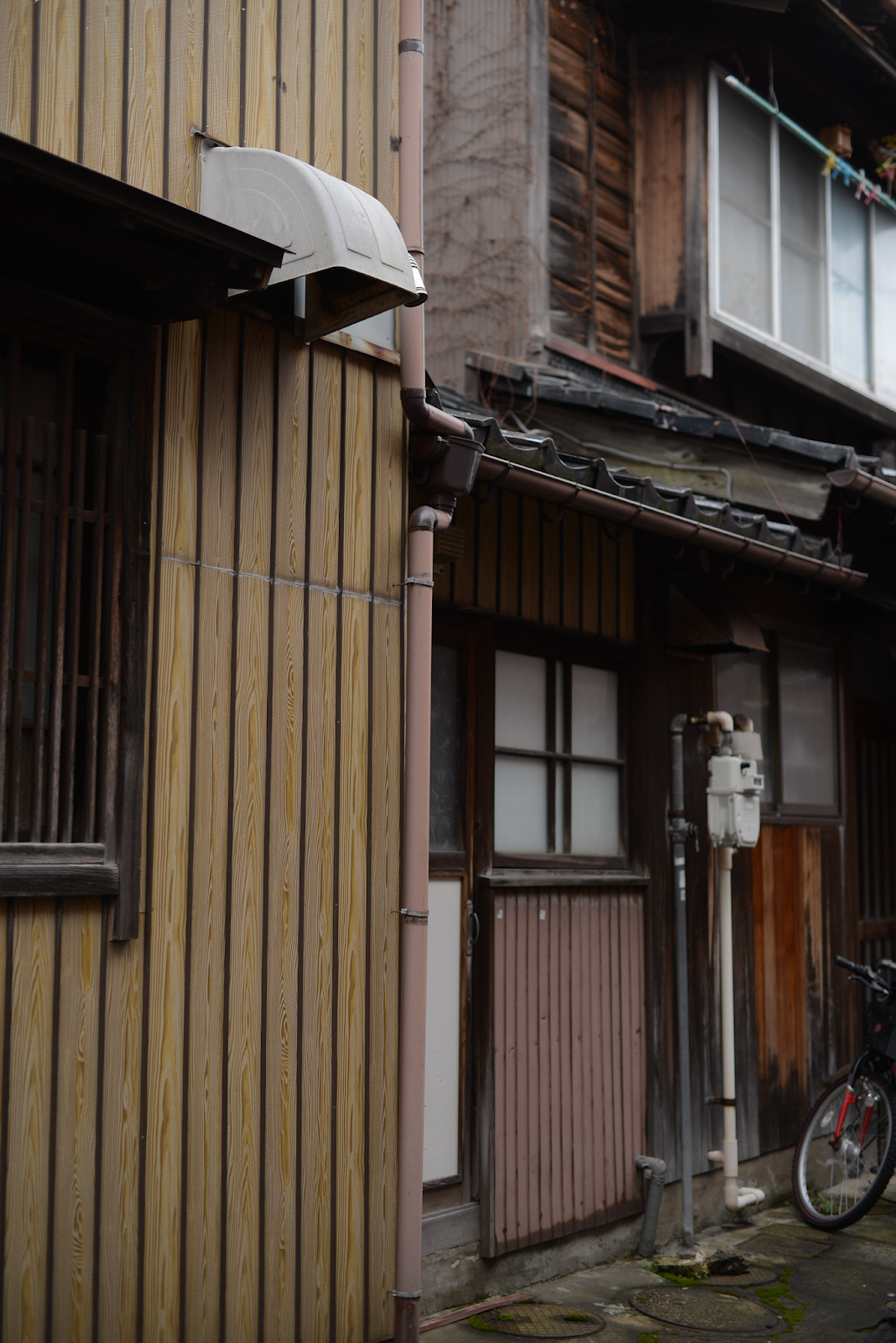 Kanazawa trip from Tokyo, must-visit cities in Japan, Higashi Chaya District, photogenic and charming towns in Japan - FOREVERVANNY
