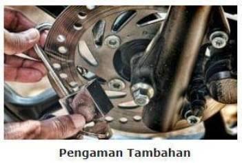 Penambahan kunci gembok Pengamanan motor