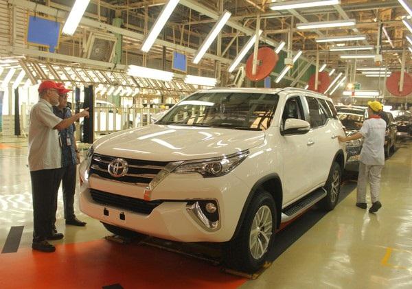 mobil paling laris Toyota fortune