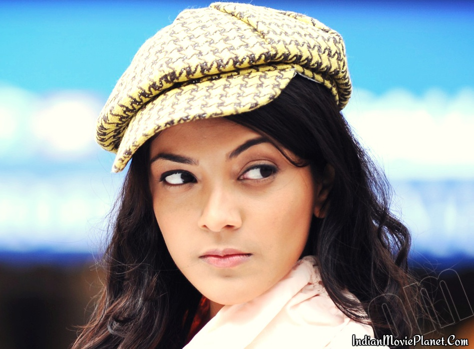 Actress Kajal Agarwal Latest Beautiful Wallpapers