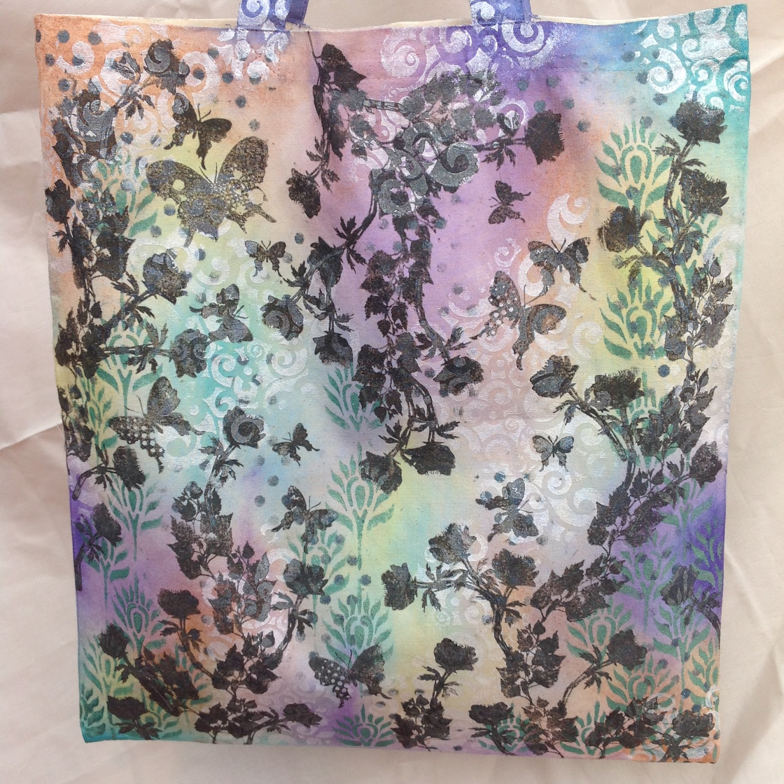 How to make fabric dye - These Final Two Pictures Show The Finished Bag Including The Butterflies From Both Sides I Didn T Try To Make The Sides Match It S More Fun To Have