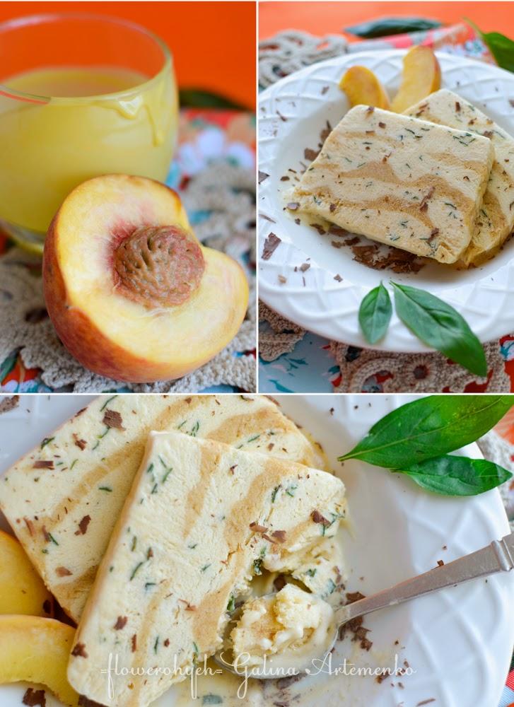 вкусный итальянский десерт семифредо с персиками и базиликом