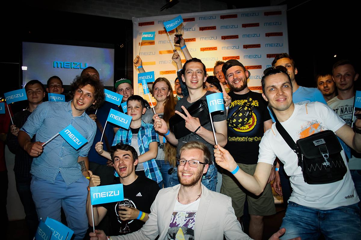 Украинская таможня начала останавливать посылки стелефонами Meizu иXiaomi
