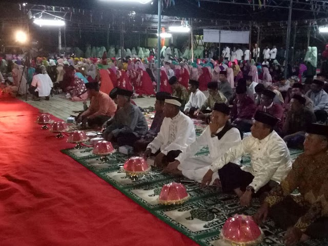Ketua DPRD Wajo Hadiri Peringatan Maulid Di Masjid Al Hikmah