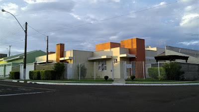 Casa e escritório do arquiteto na Rua Alemanha 240,  Jardim Europa em Paulínia/SP.