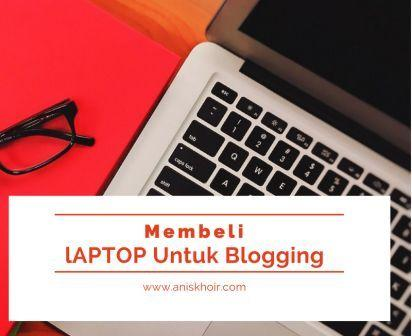 laptop blogging