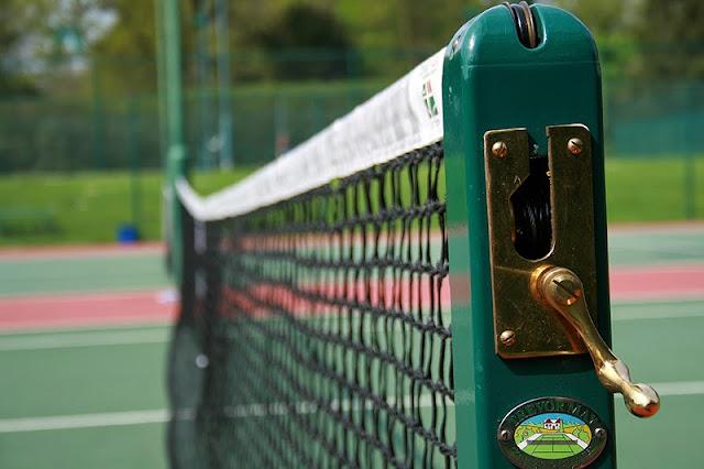 Perlengkapan-Permainan-Tenis