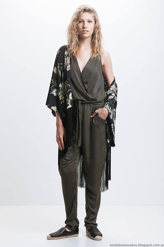 dfc7a425c ... es la formula que consagra una actractiva muestra de moda como lo es la  versión del verano de la marca argentina