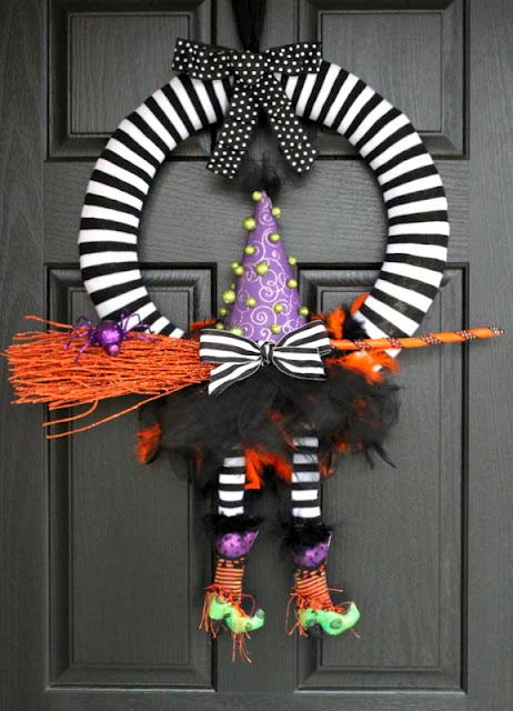 crafty+sisters+witch+wreath.jpg
