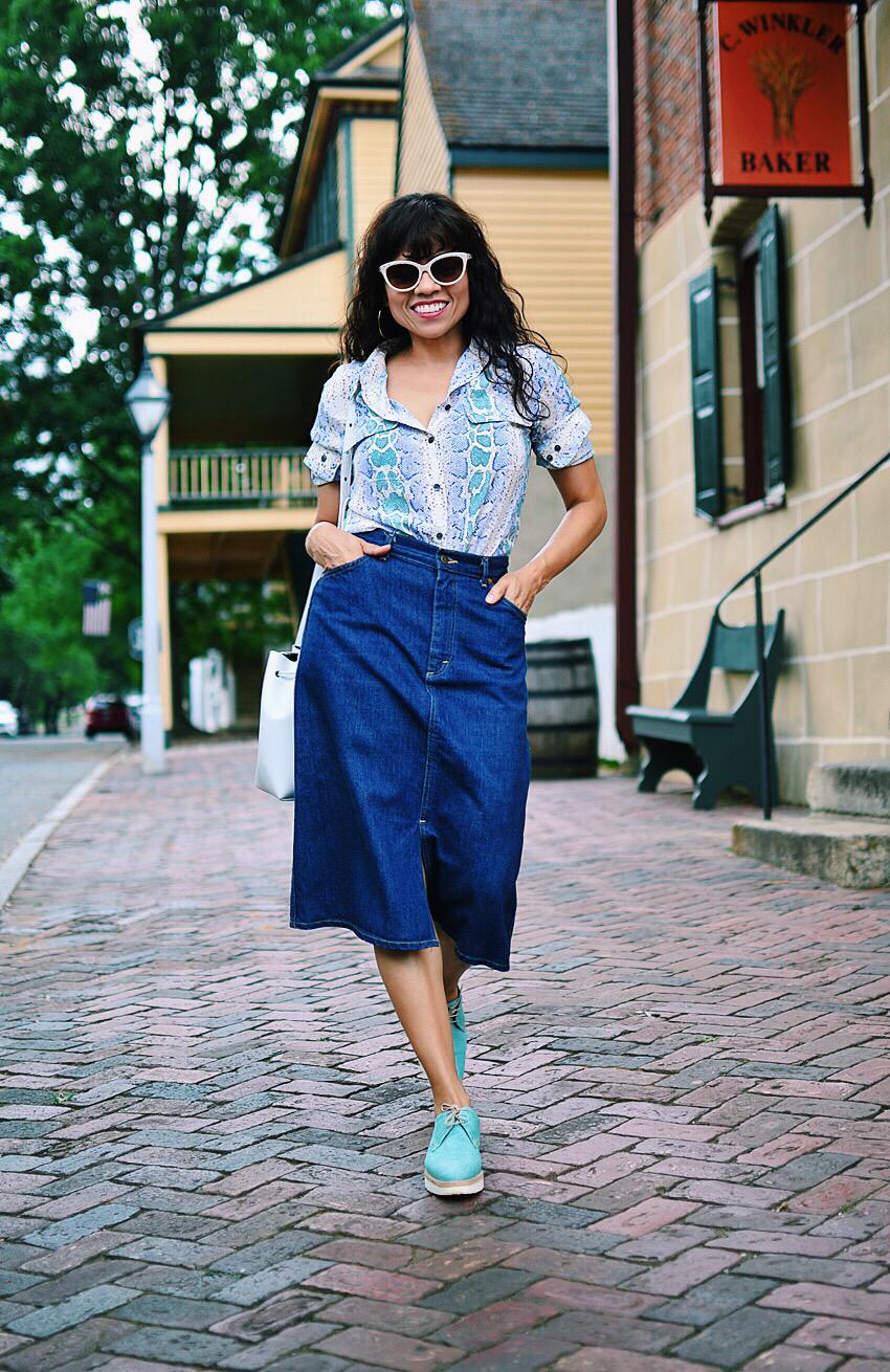 Denim skirt street style