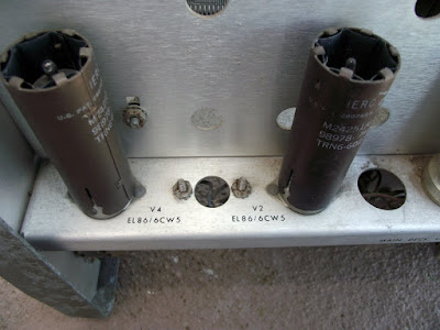 Wide Range Oscillator HP 200CD válvulas de saída
