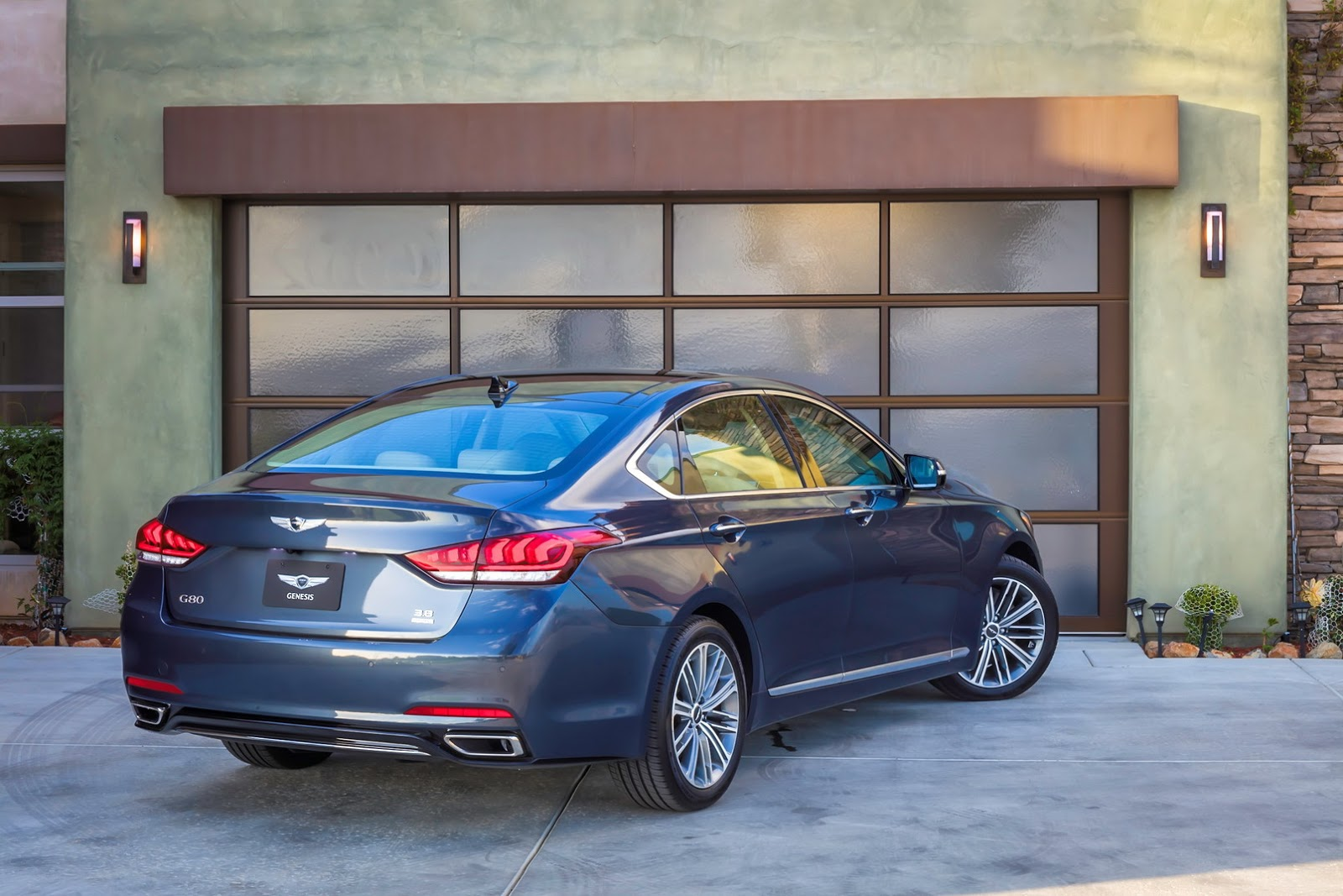 genesis turbocharges updated 2018 g80 with new sport model in la carscoops. Black Bedroom Furniture Sets. Home Design Ideas