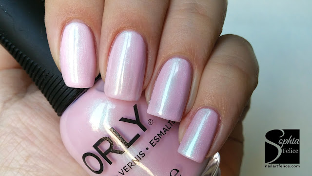 orly merlose - beautifully bizarre