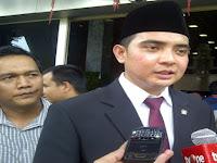 Kabar Baru!! Selamat, Menurut DPR Tenaga Honorer tak Perlu Seleksi Menjadi PNS, Karena..