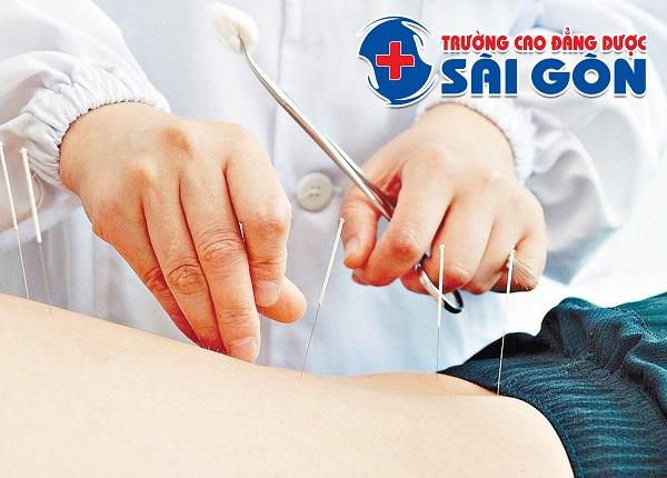 Xét tuyển học cao đẳng kỹ thuật Vật lý trị liệu Sài Gòn