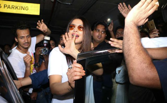 Priyanka Chopra Arrives in Mumbai