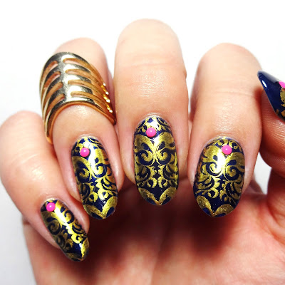 Óle My Way Nails