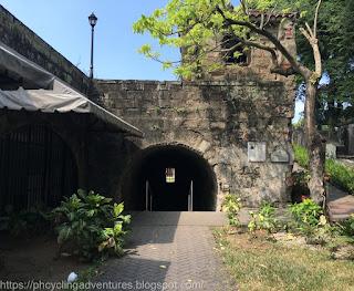 Baluartillo and Reducto De San Francisco Javier gate