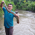 Cara Tradisional Memancing Ikan Sidat Di Sungai Dalam Dan jernih
