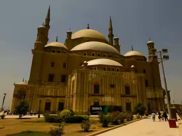 TOP AND BEAUTIFUL MOSQUES (MASJIDS) WALLPAPERS HD AROUND THE WORLD