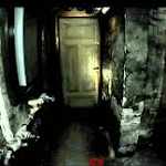 Uma entidade aterrorizante assombra essa antiga casa.  Ela quer te revelar algo.  Colete todas as bolinhas de gude dela para saber sobre a...