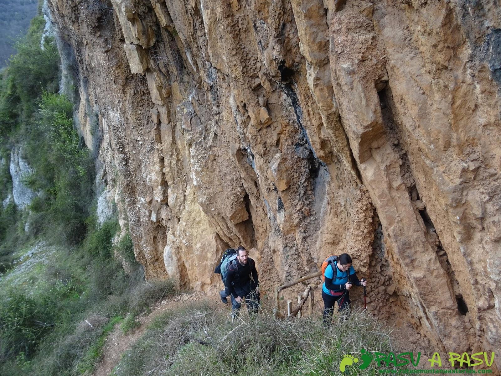 Ruta al monsacro desde la foz de morc n rutas por for Temperatura en otura