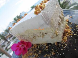 Fluffy cream cake