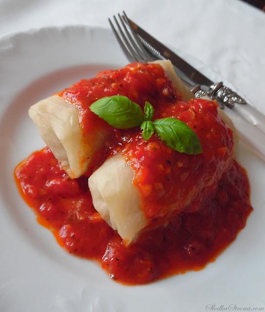 Gołąbki z Sosem Pomidorowym - Przepis - Słodka Strona