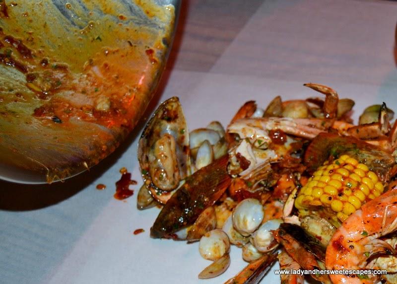 Dump-a-Seafeast at Dampa restaurant Dubai