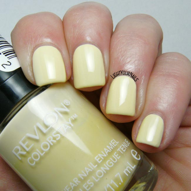 Smalto Revlon Buttercup nail polish