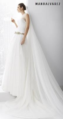 Vestido de novia en tul de seda