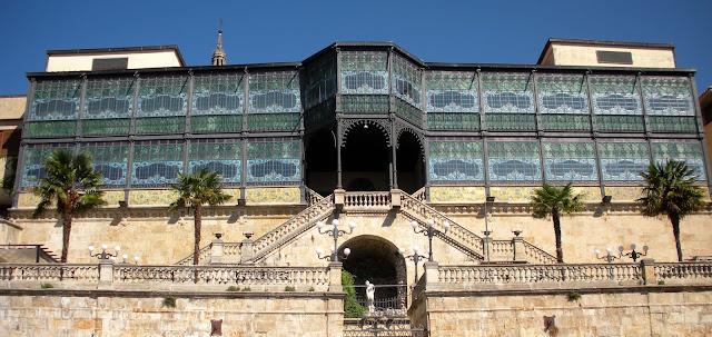 Casa Lis; modernista; Salamanca; Castilla y León; Vía de la Plata