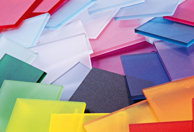 Various Applications and Usages of Plexiglass Sheets