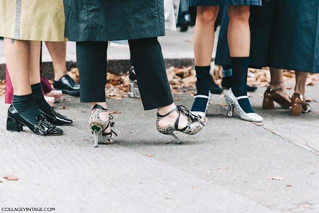 Zapatos de tacón con calcetines street style