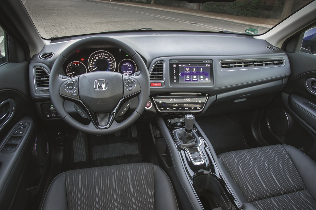 Honda%2BHR V%2BAction%2B%25283%2529 Νέο Honda HR-V : Το πολυμορφικό SUV
