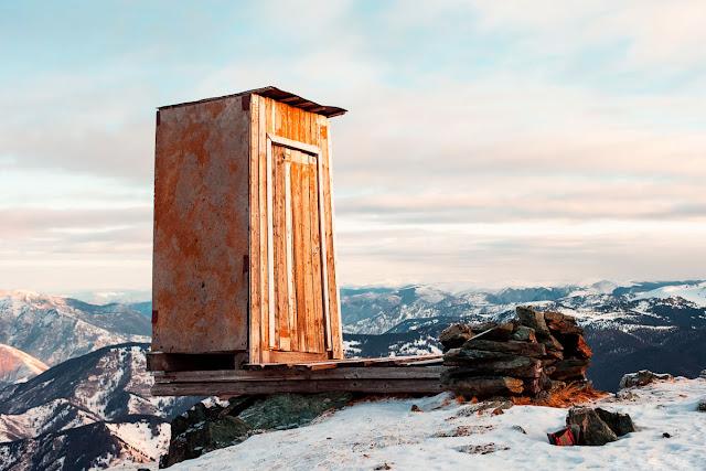 Mont Blanc Toilet