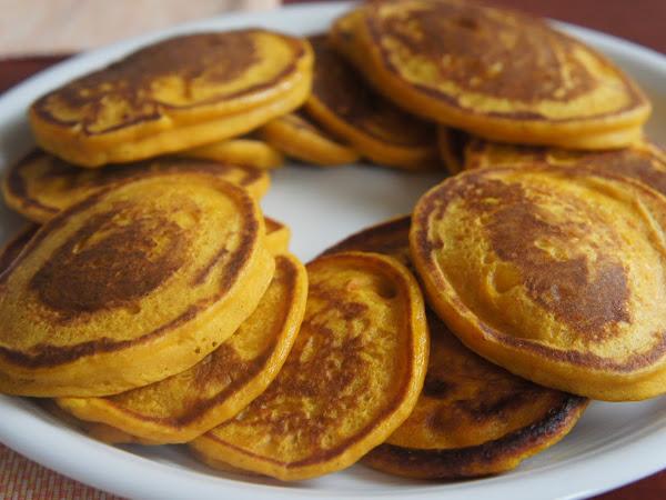 REZEPT: glutenfreie Pumpkin Pancakes (Kürbispfannkuchen)