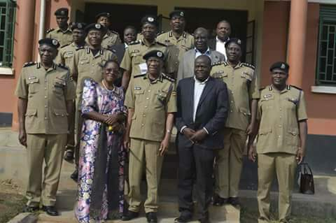 IGP Ochola  caution officers on corruption