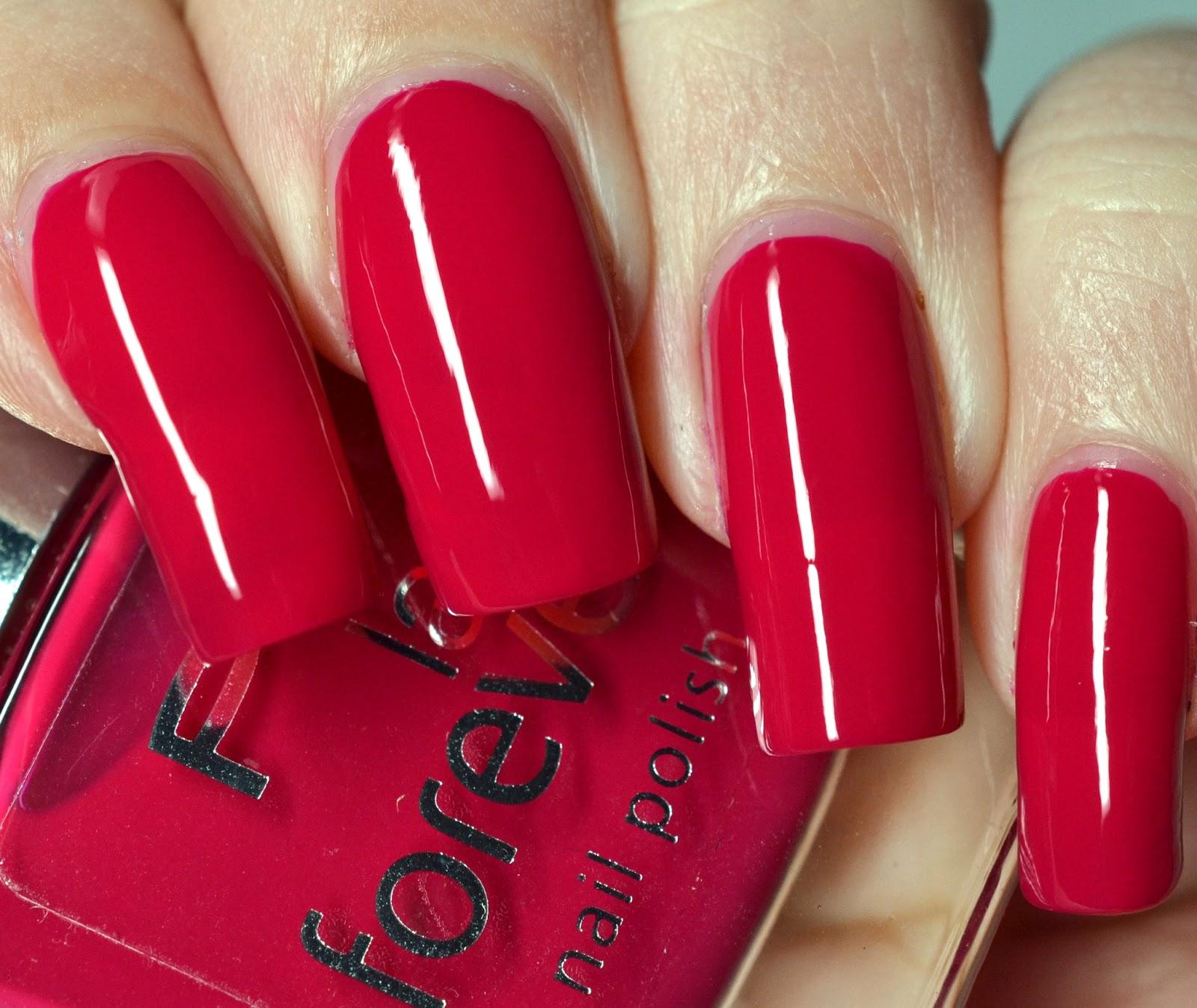 Lenas Sofa: p2 last forever nail polish 170 french kiss