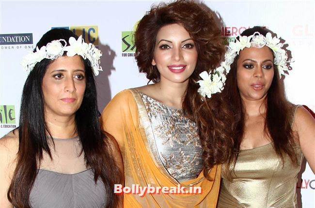 Shama Sikander, Celebs Sizzle in Ramp at Charity Fashion Show of Smile Foundation